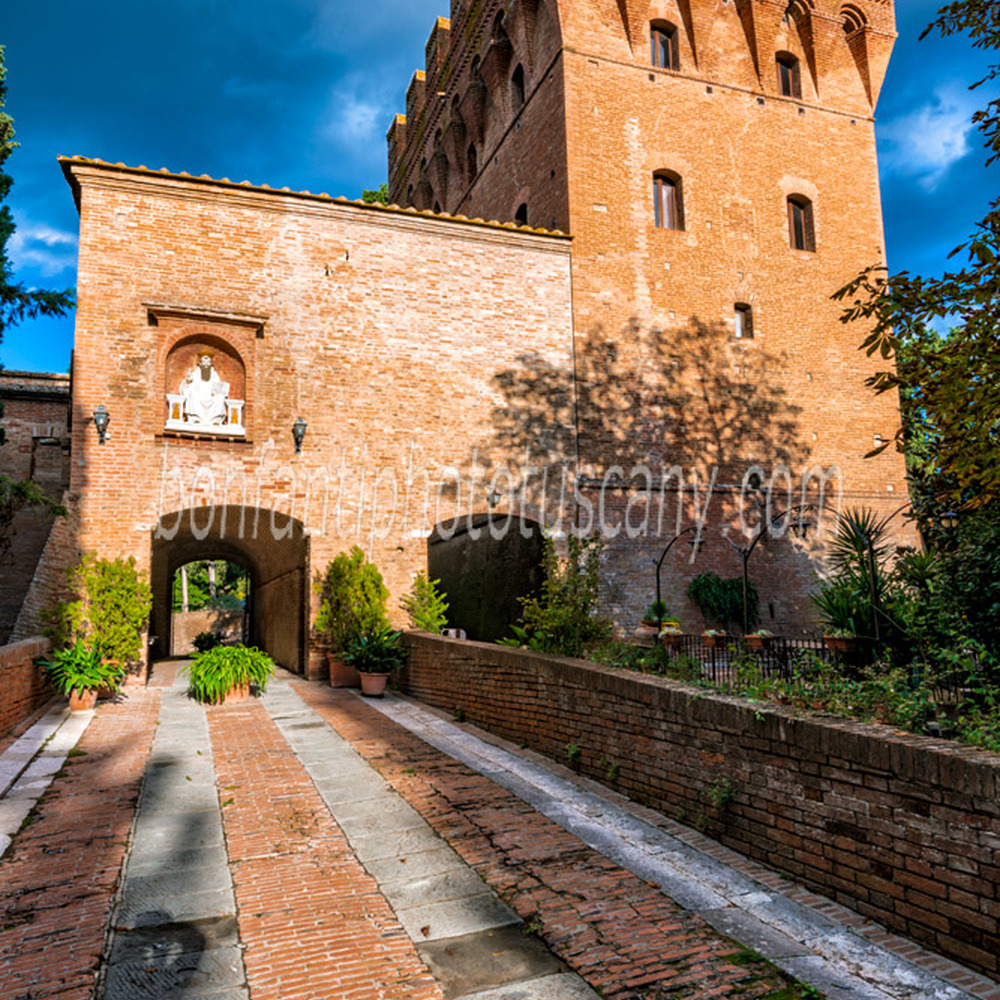 monte oliveto maggiore abbey - medieval tower at the entrance.jpg